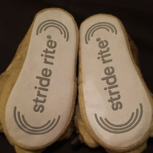 Stride Rite Shoes - Stride Rite slippers